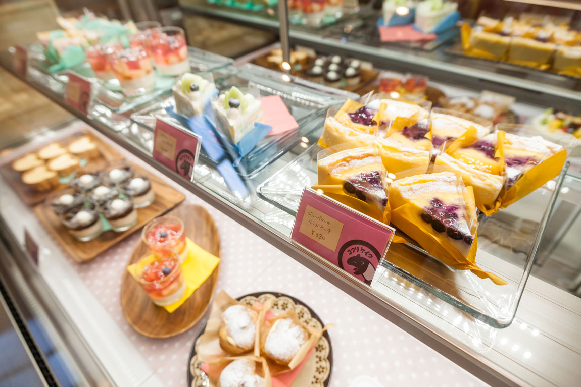 コクリ洋菓子店_ショーケース