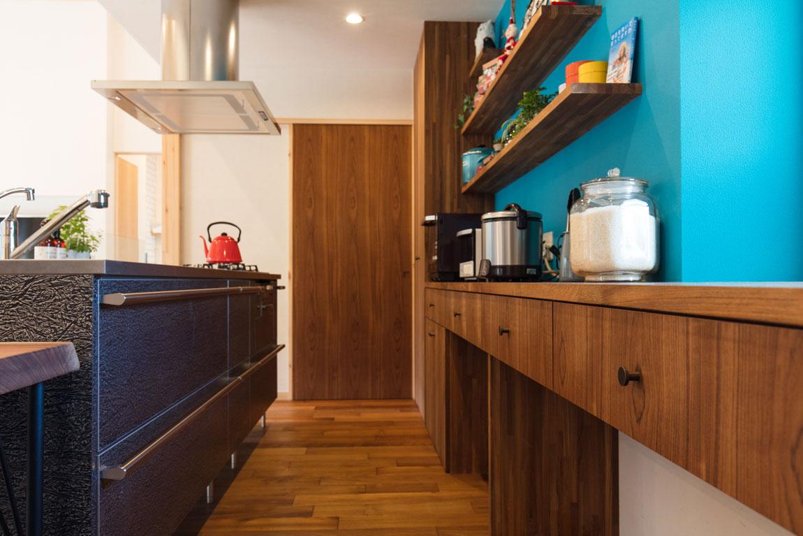 長期優良住宅の平屋_キッチン収納