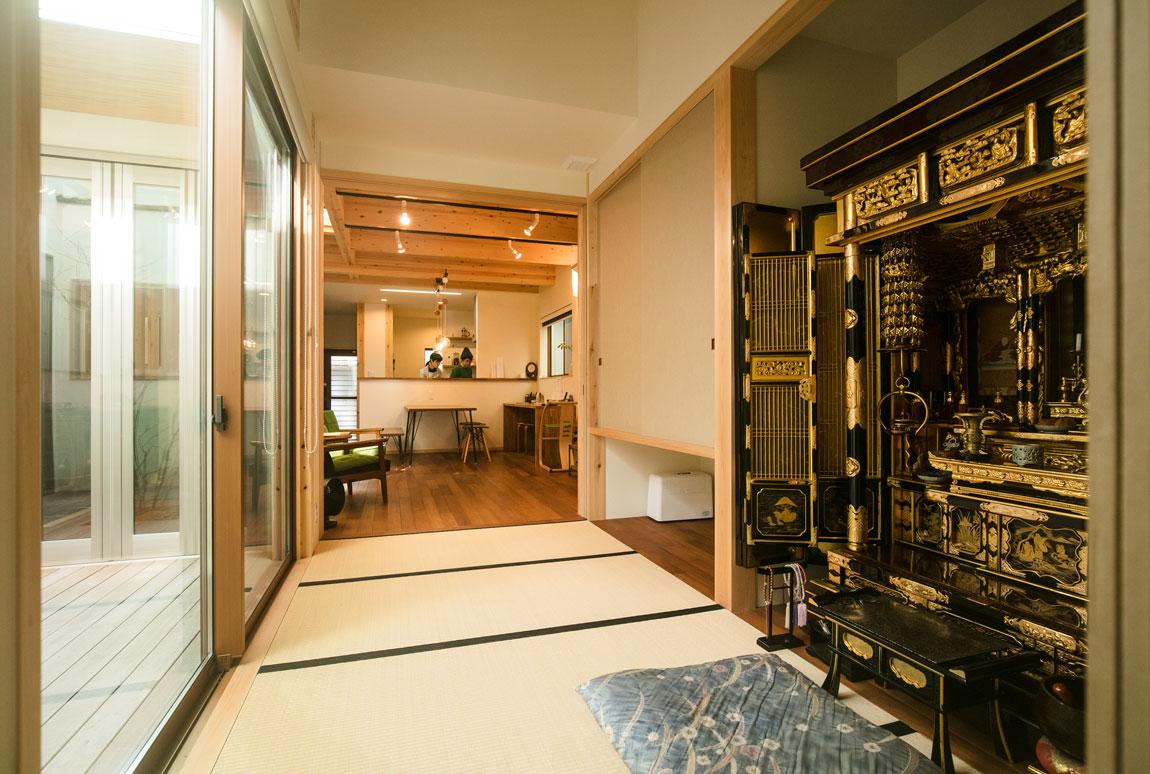 薪ストーブのある二世帯住宅_和室